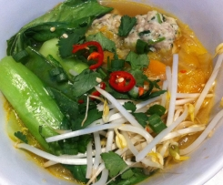 Vietnamese Chicken Meatball Noodle Soup