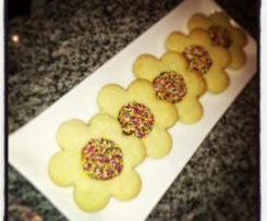 Happy Flower Cookies