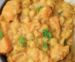 Creamy Coconut Sweet Potato & Chick Pea Curry