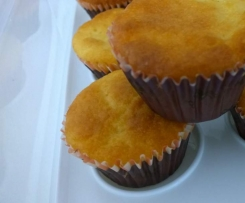 Lemon yoghurt cupcakes