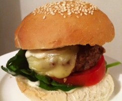 THE MOST SIMPLE AND TASTY BEEF BURGERS