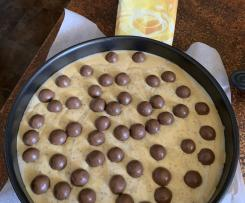 No bake Malteser cheesecake with caramilk swirl