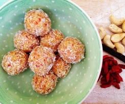 Coconut, Cashew & Goji Bliss Balls