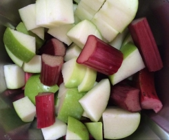 Stewed Rhubarb and Apple