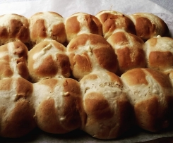 Fruitless Hot Cross Buns