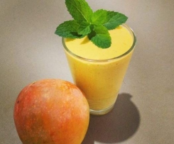 Mango, Mint Protein Smoothie