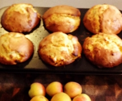 Apricot, Oat & coconut muffins
