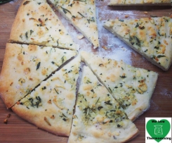 Pizza Bianca with Rosemary & Garlic