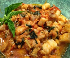 PORK WITH BASIL- JJ's Spicy Thermo Kitchen
