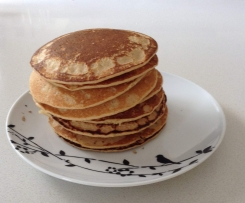 Apple cinnamon oat pancakes