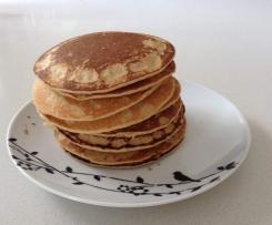 Apple cinnamon oat pancakes