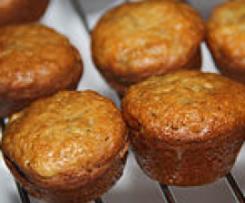 Oat Bran & Banana Muffins