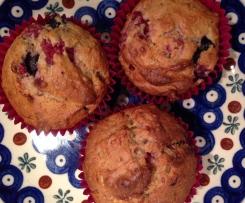 Banana & Berry Wholefood Muffins (based on a Jude Blereau recipe)