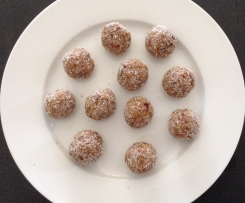 Protein balls- using left overs from almond milk!