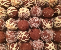 Leftover almond pulp Bliss Balls