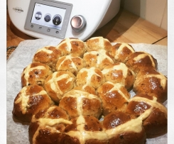 Gourmet Apple and cinnamon hot cross buns