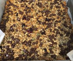 Baked Bubbly Muesli Bars