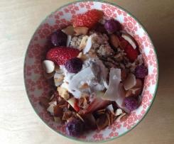 Quick Paleo Berry Muesli