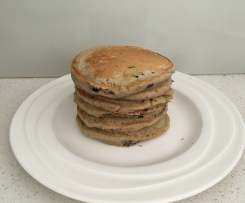 Healthy Banana and Blueberry Pikelets