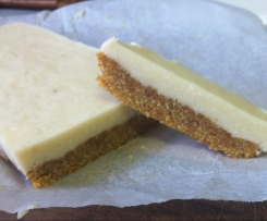 Apricot, coconut and macadamia GF Slice