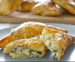 Spinach and Cheese Pastizzi