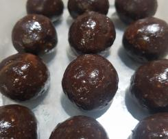 I've tried every vegan chocolate energy ball recipe going – this is the best one