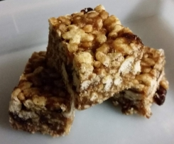 Rice bubble slice - refined sugar free, lunch box friendly!