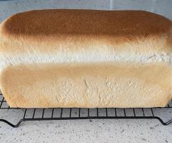 White Jumbo Soft and Fluffy Bread