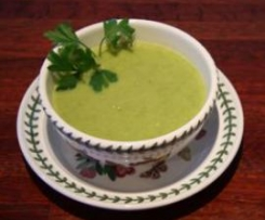 Parsnip, Pea and Pear Soup