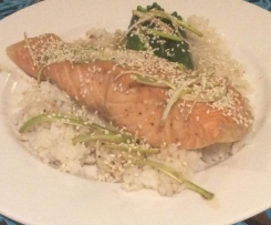 Steamed honey soy salmon & sushi rice