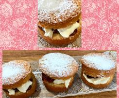 Jam and cream tea cakes