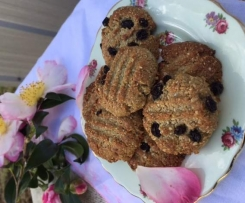 Pepita Sunflower Currant Biscuits