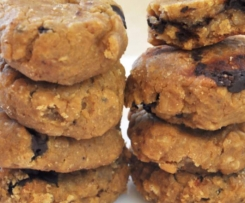 soft peanut chickpea and chocolate cookies
