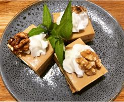 Walnut and coffee cheesecake slice