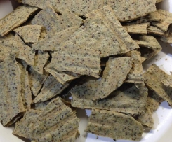 "Paleo-style 'K-waves' - ""Cheesy"" herb seed crackers - dairy + gluten free"