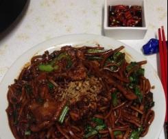 Easy Fried Noodles (Hokkien Mee- KL Hawker Style)