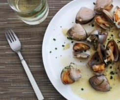 Clams with cider and chive cream
