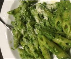 Penne with Spinach Sauce