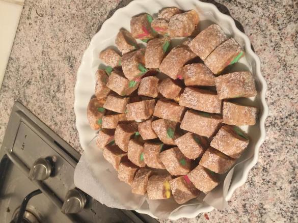 New zealand lolly cake by courtneytestre on recipecommunity thumbnail image 1 forumfinder Images