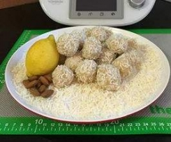 Raw Lemon & Coconut Bites