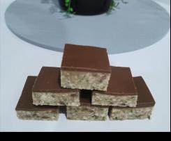 Peppermint crisp slice