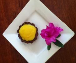 Chocolate tart with lemon curd filling