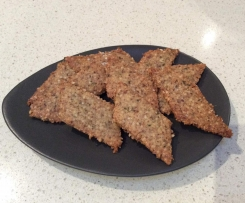 Nut, seed and Thyme crackers