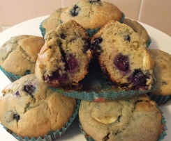 Blueberry White Choc Muffin