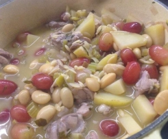 Chicken, white bean, leek, tarragon, orzo and red grapes braised in rosé
