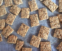Foodies Mum's LCHF Seed Crackers