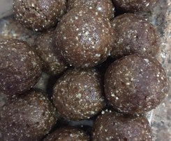 Raw Peanut Butter Bliss Balls