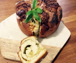 Garlic, parsley and cheese cob
