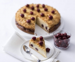 Baked cherry crumble cheesecake