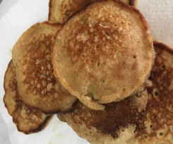 Apple & cinnamon wholemeal pancakes